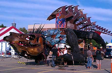 Makers faire dragon image 2011 Detroit